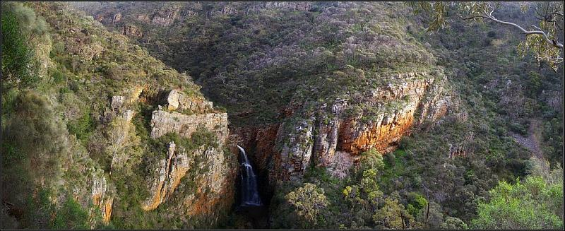 Panorama of Morialta Conservation Park, showing the gorge, First Falls, and the rocky, eroded topography of the lower park. (Peter Neaum: Wikipedia. 1. July 2011)